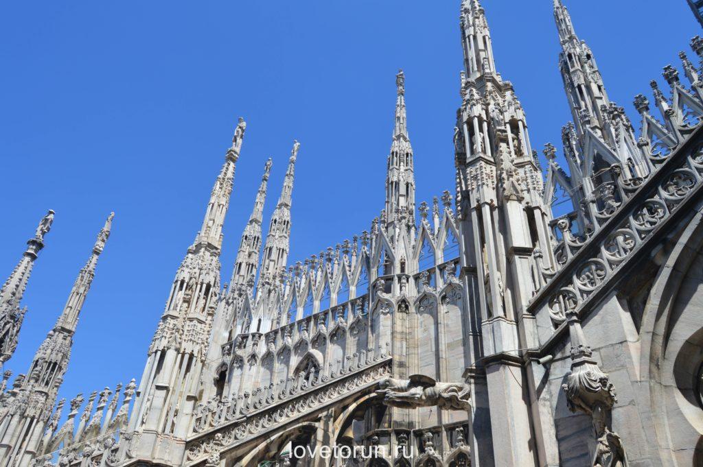 Шпили и статуи Миланского собора Дуомо