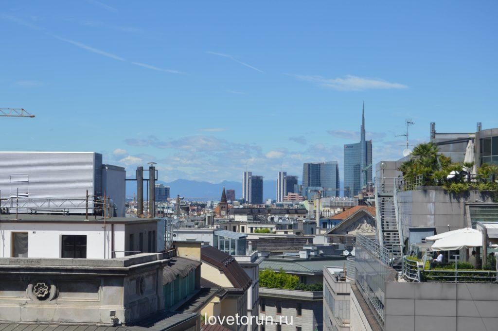 Потрясающий видна Милан с крыши Дуомо