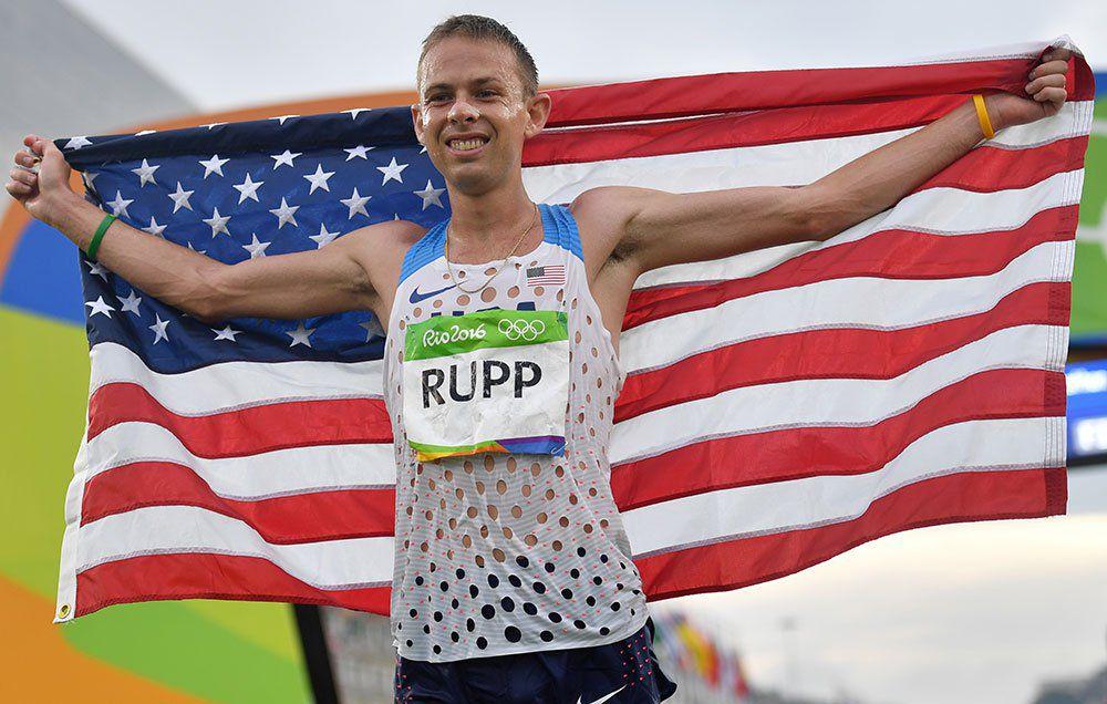 Рапп в Чикаго после того, как было опровергнуто обвинение в применении допинга